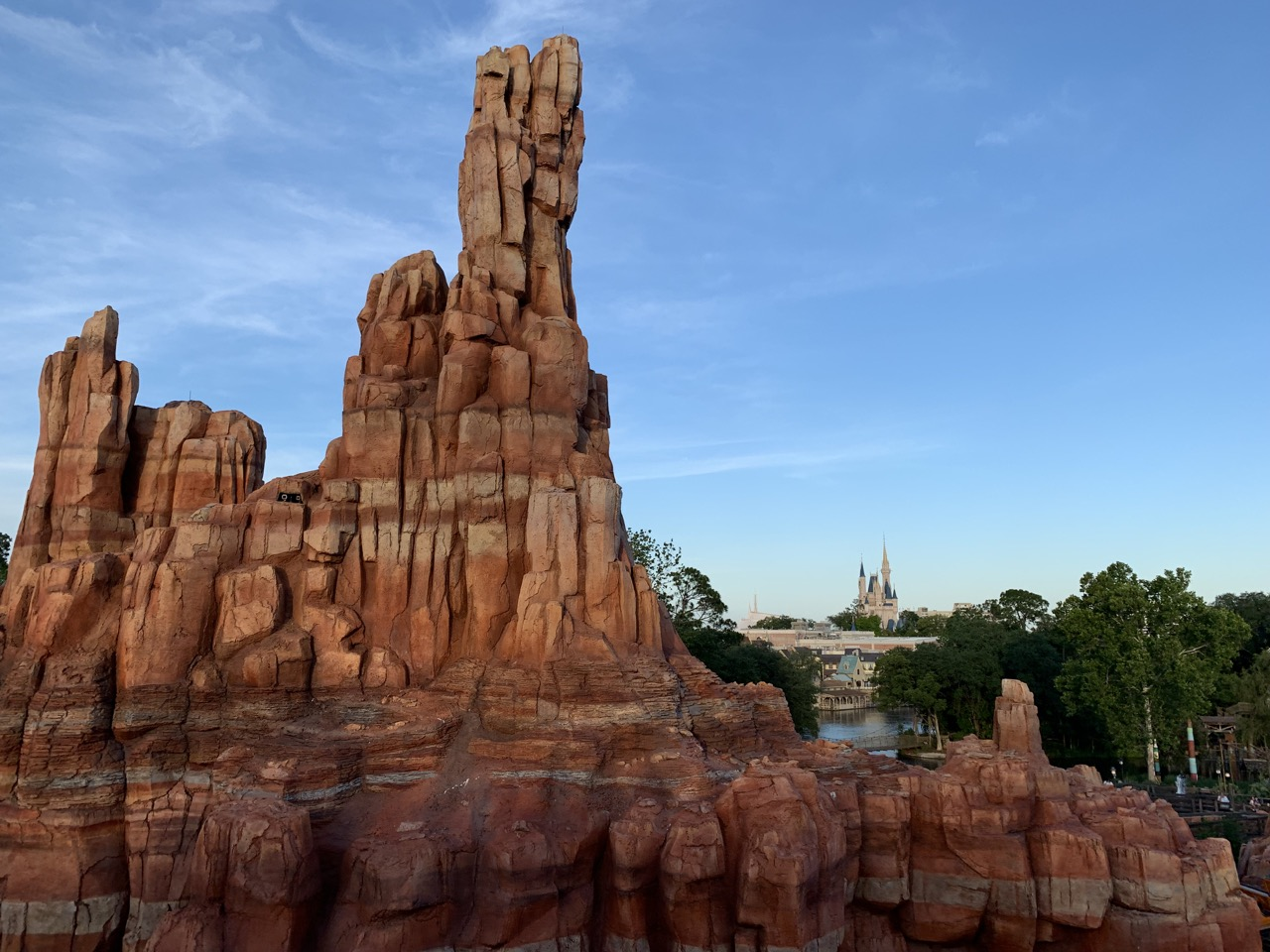 magic kingdom rides 16 big thunder mountain.jpeg