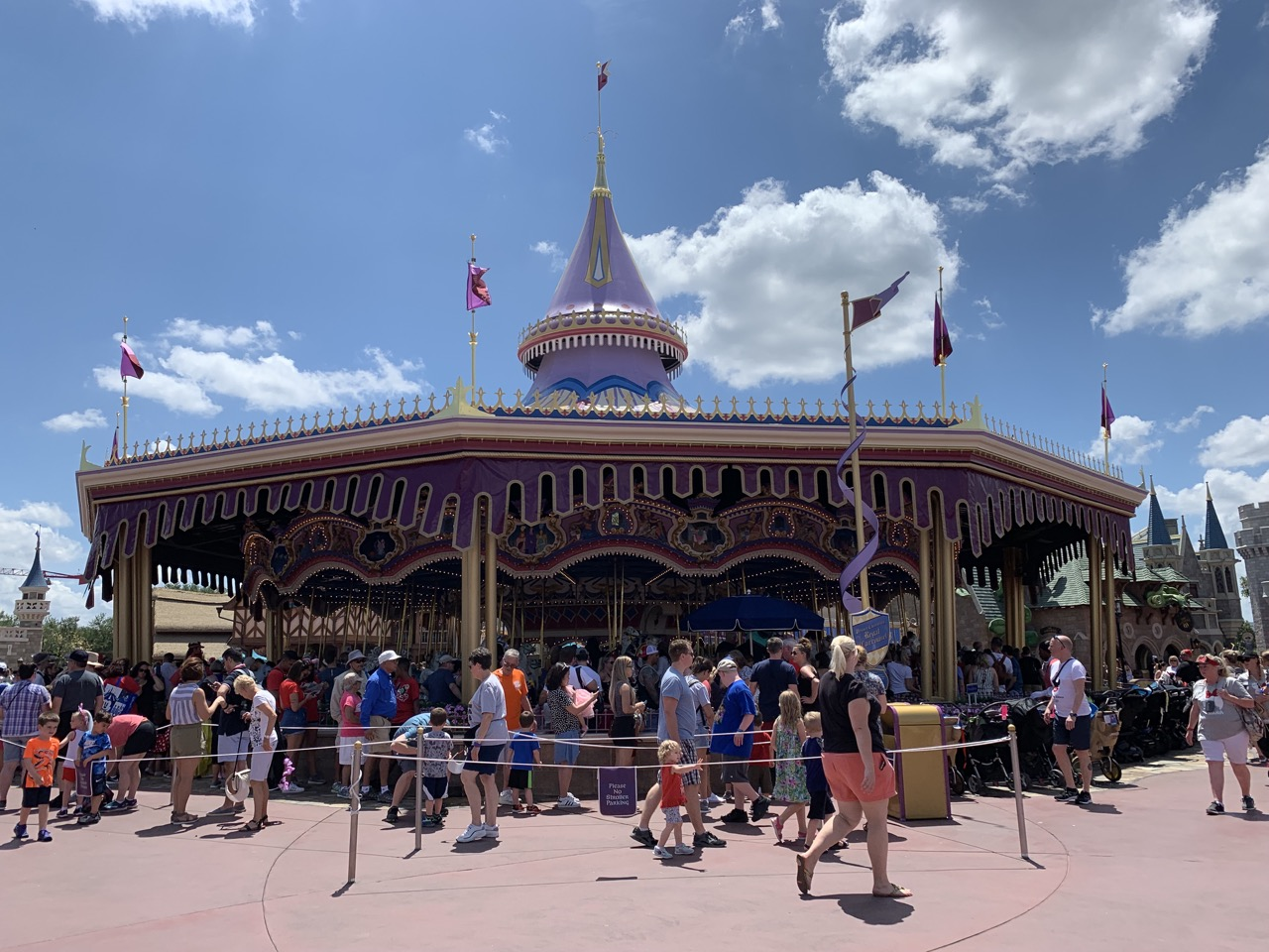magic kingdom rides 11 carousel.jpeg