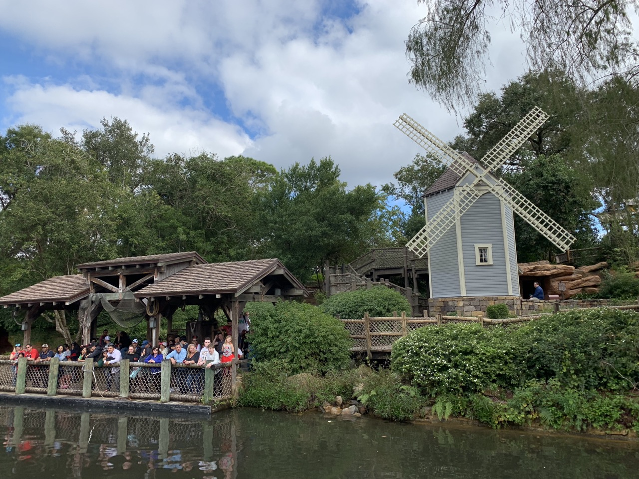 magic kingdom rides 21 tom sawyer island.jpeg