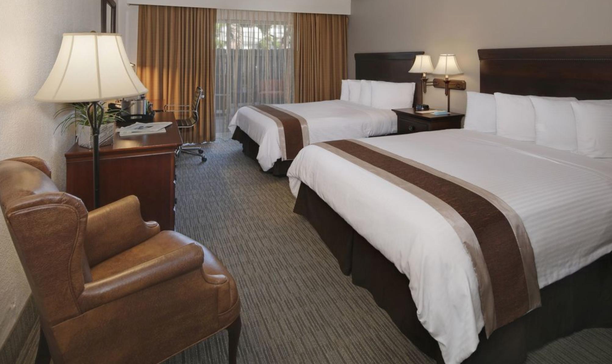 disneyland trip report june 2019 part 1 03 hotel.png