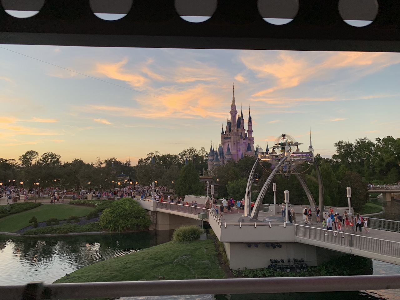 magic kingdom hours 06 sunset.jpeg