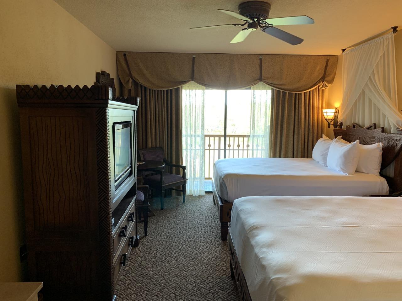 disney world best deluxe resort hotel ranking 03 animal kingdom lodge room.jpeg