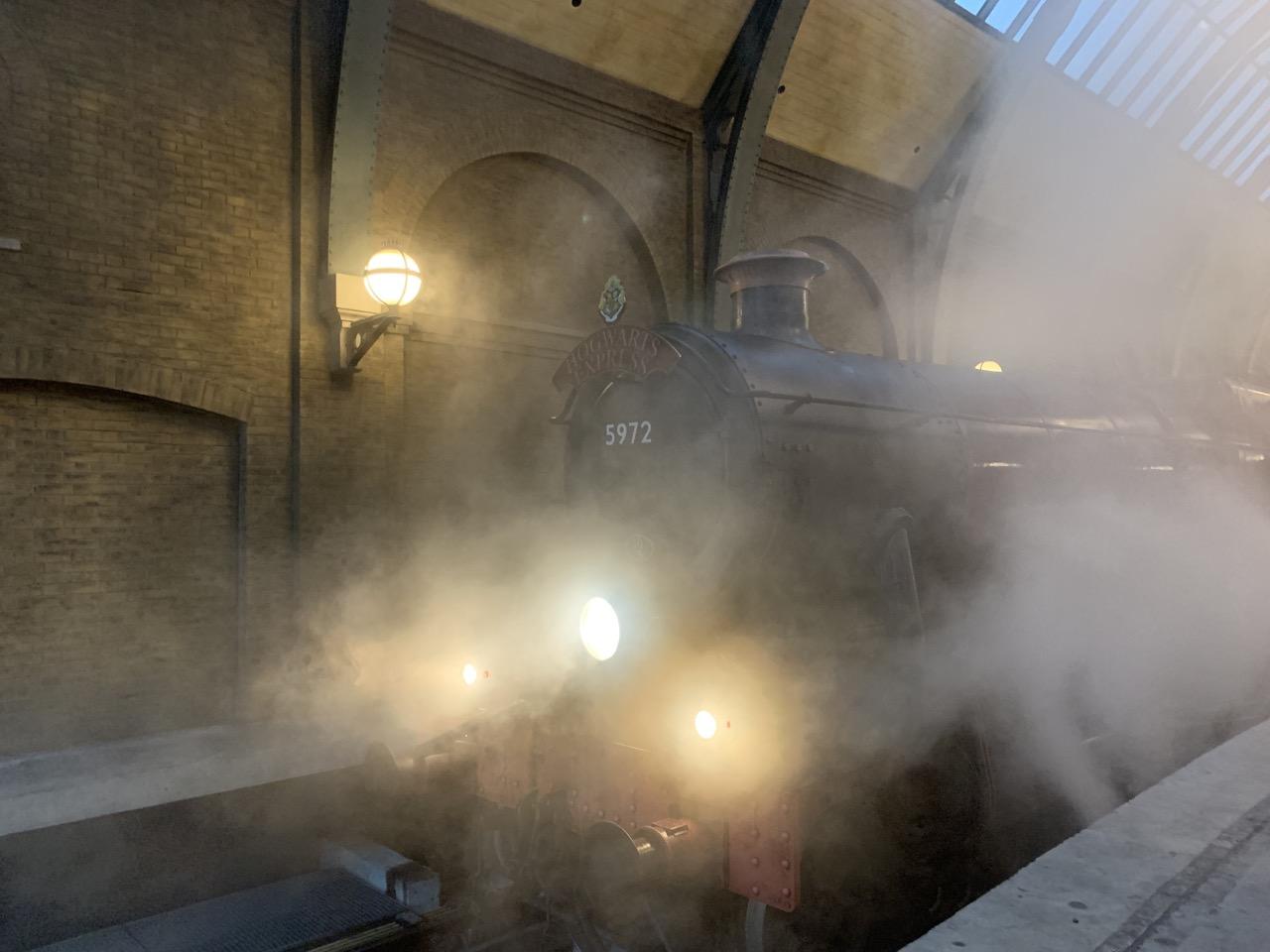 universal orlando summer 2019 trip report part 4 hogwarts express early.jpeg