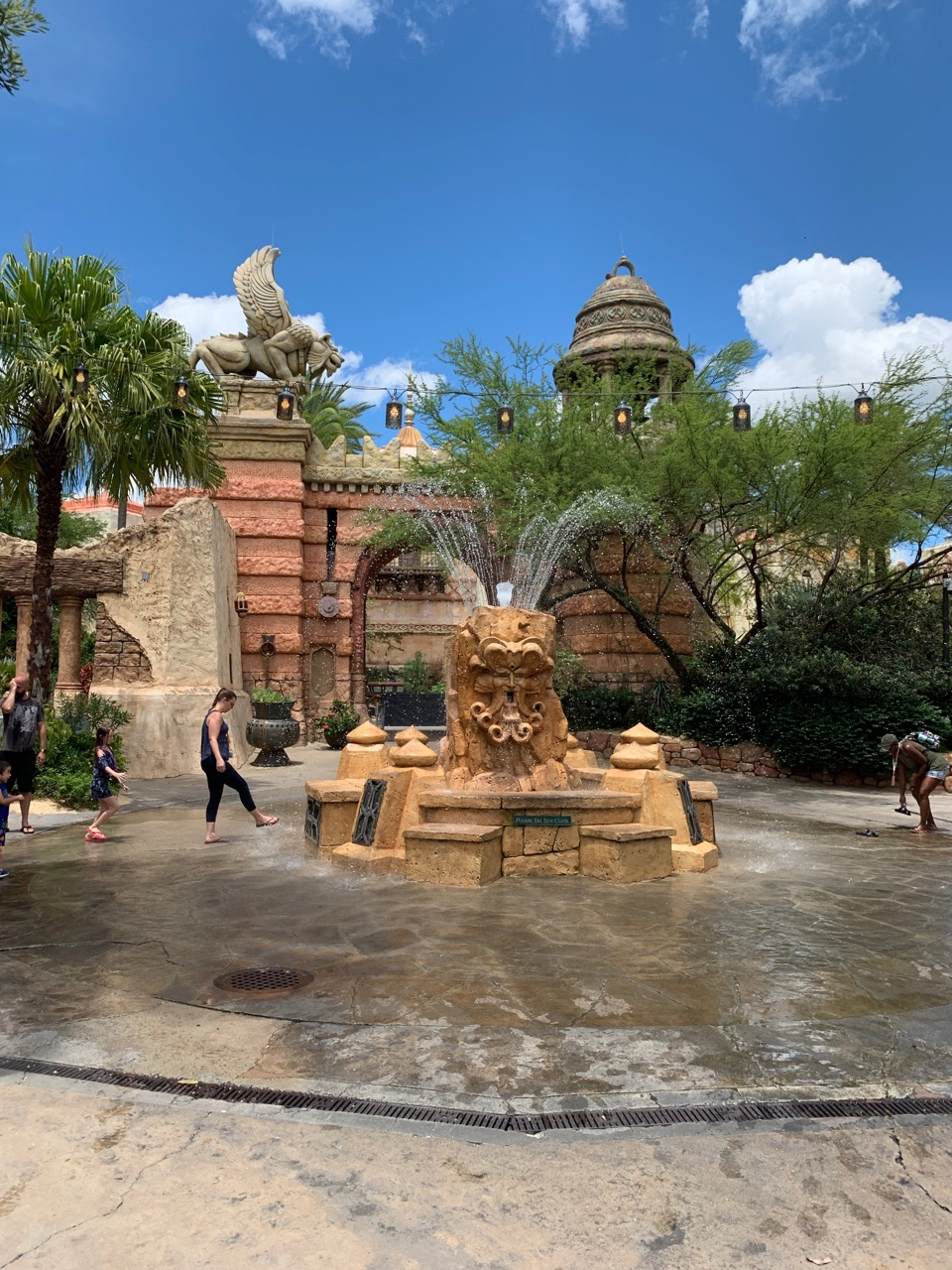 universal orlando summer 2019 trip report part 5 fountain.jpeg