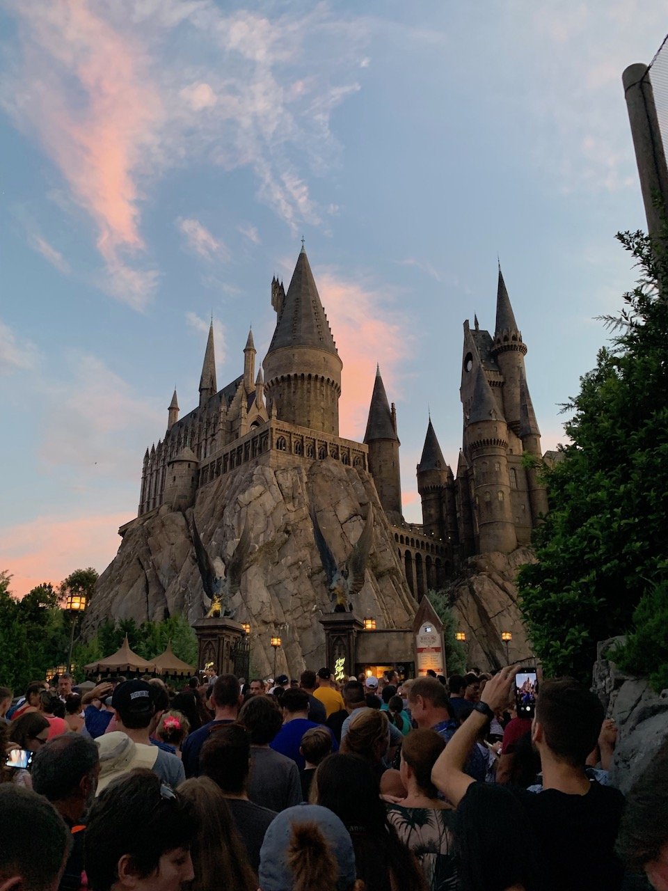 universal orlando summer 2019 trip report part 5 howarts sunset.jpeg
