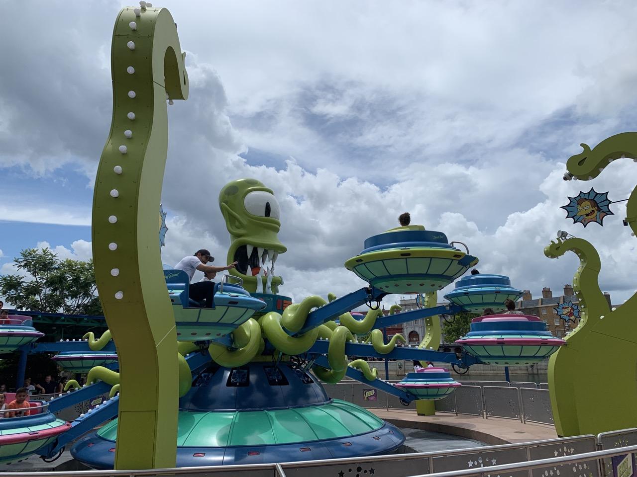 universal studios florida rides guide best rides twirl n hurl.jpeg