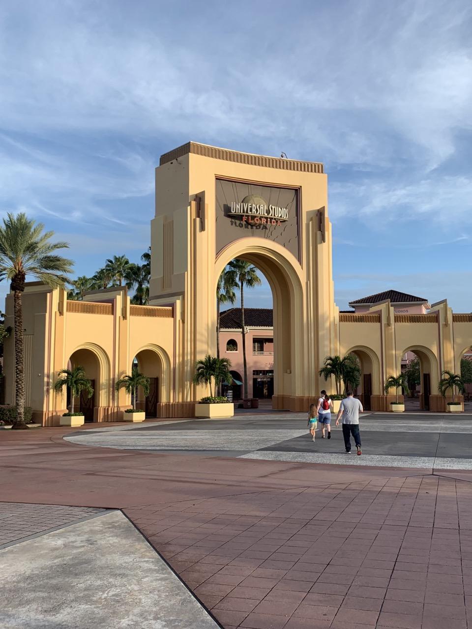 universal studios florida one day plan itinerary 01 morning.jpeg