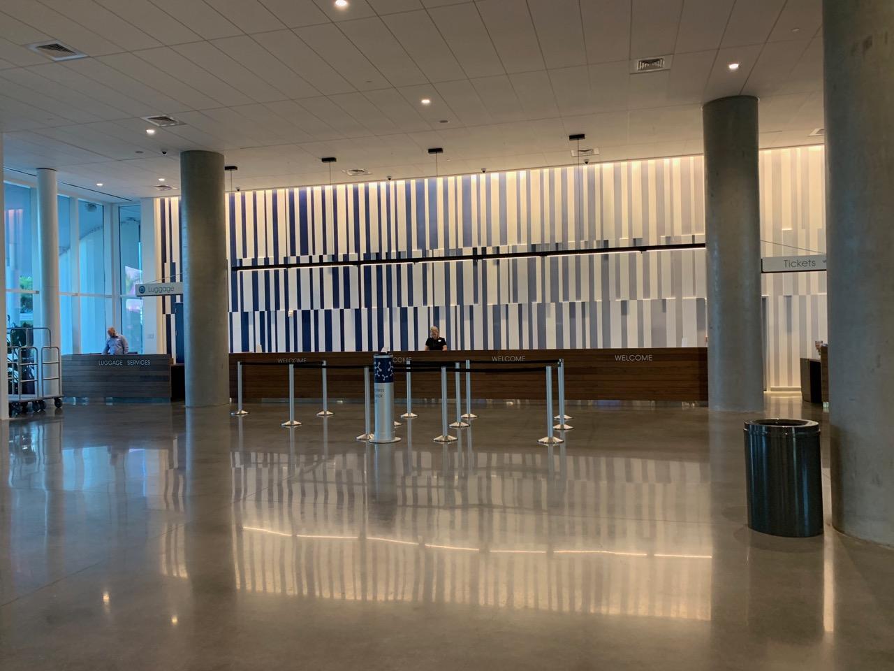 universal aventura hotel review lobby 1.jpeg
