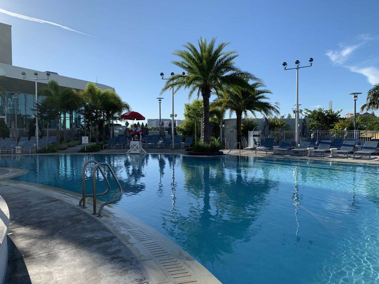 universal aventura hotel review pool 1.jpeg