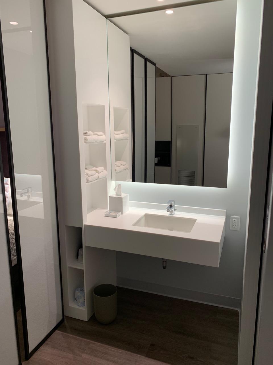 universal aventura hotel review bathroom 1.jpeg