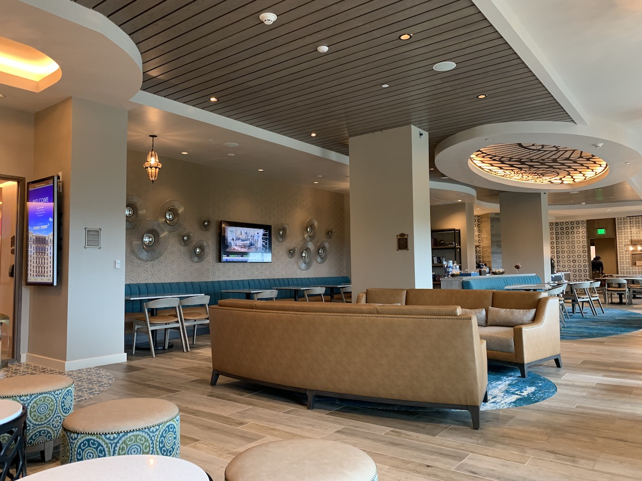 disney world club level concierge gran destino chronos lounge.jpeg