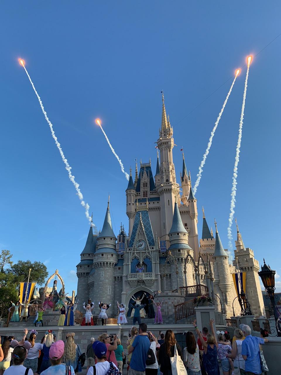 wdw trip report magic kingdom extra extra magic hour 06.jpeg