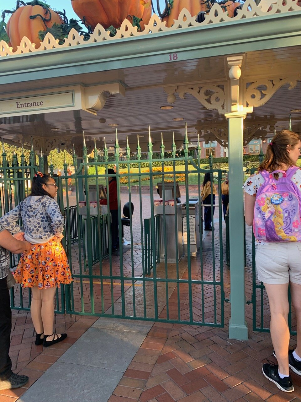 rope drop 2.jpeg