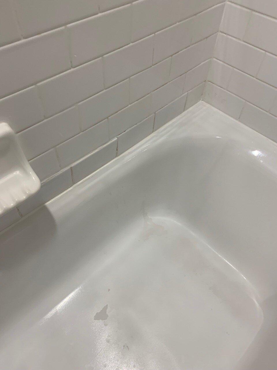 four points sheraton by anaheim bathroom 03.jpeg