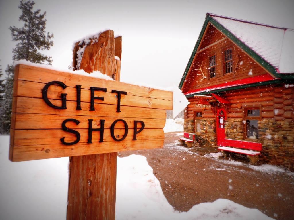 Bow Lake Gifts