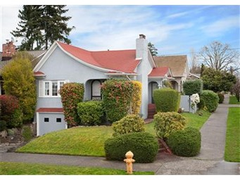 2002 41st Ave E, Seattle | $440,000 | Listed and Sold