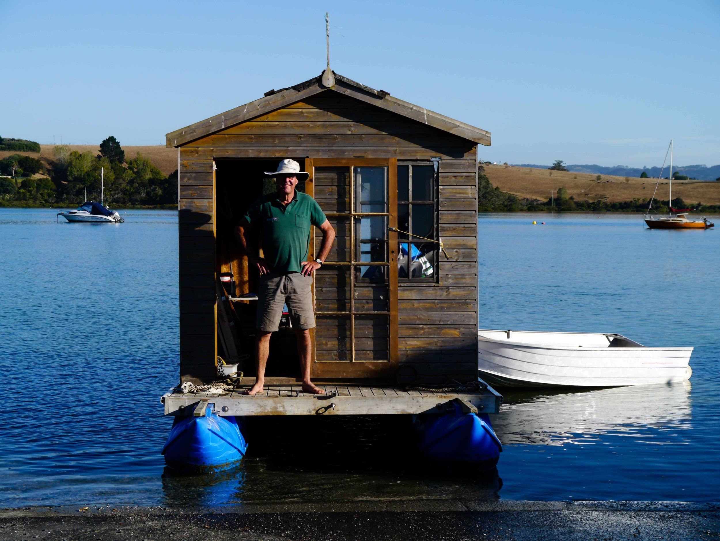 The first Pontoonz houseboat - a garden shed on boat pods.