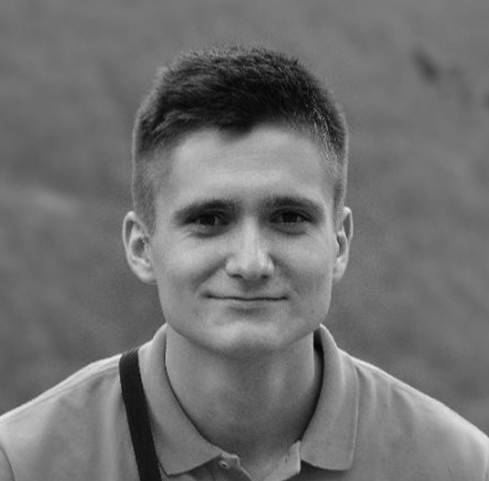 Hasan Grošić    Born:  Bihać   Studying:  Elektrotehnički Fakultet Sarajevo - Master Automatika i Elektronika /   Faculty of Electrical Engineering Sarajevo - Master Automation & Control
