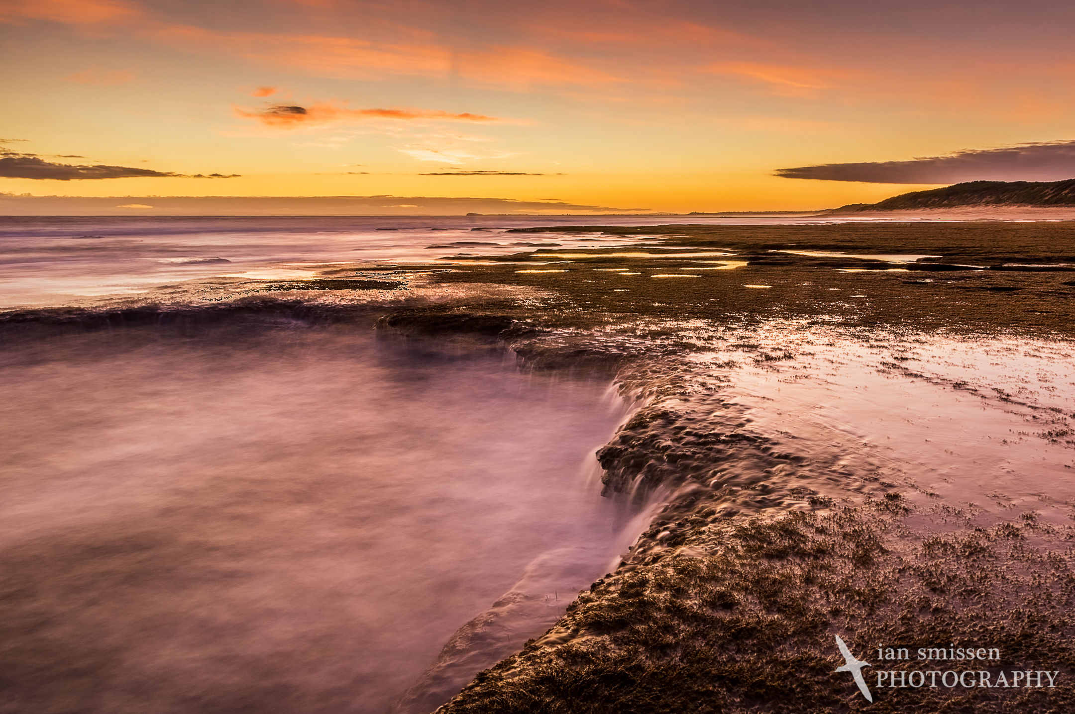 Point Lonsdale sunset at low tide - view west