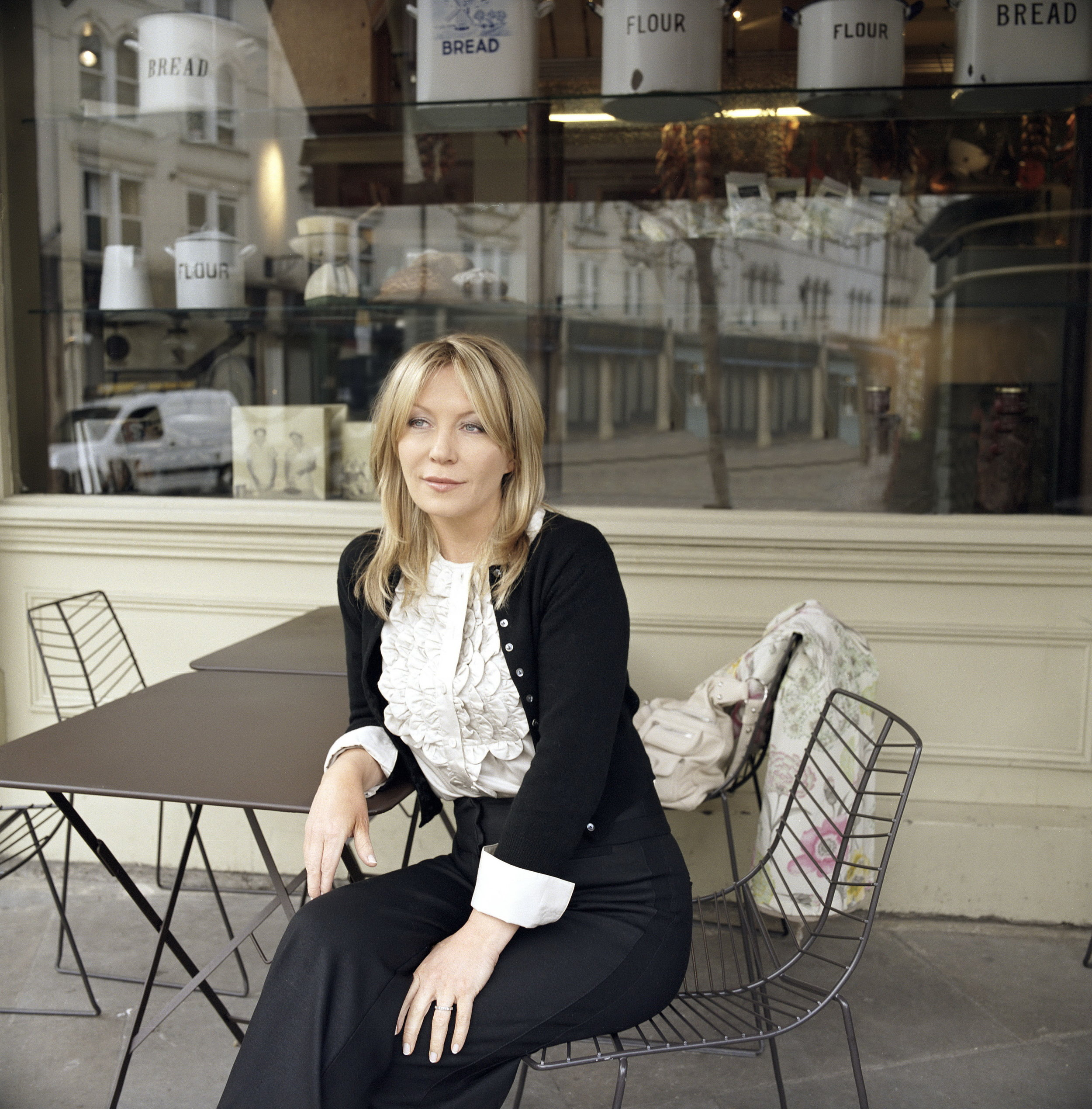 Kirsty Young (Outside Cafe) credit BBC.jpg