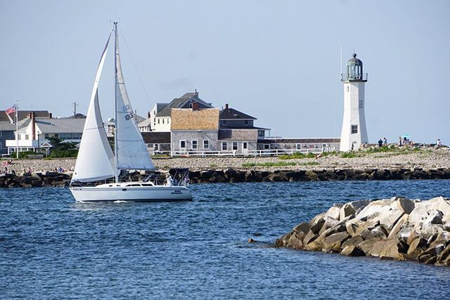 And now for something completely different, a vacation shot from beautiful Scituate, Massachusetts.  #sailboats #sailboat #scituate #lighthouse #newengland #vacation #summer
