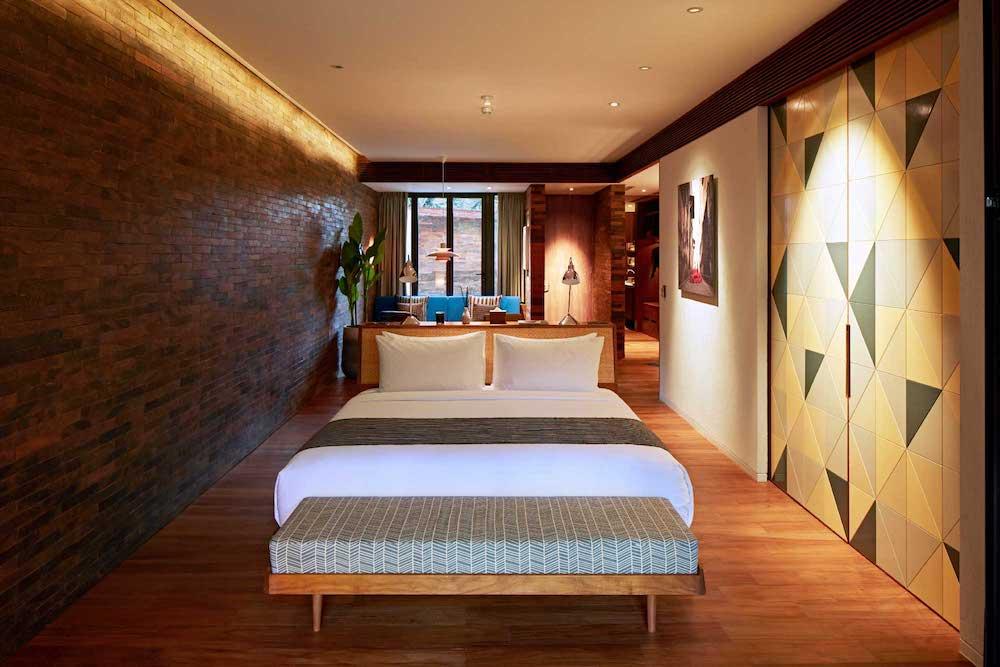 katamama-the-pool-suites-bedroom.jpg