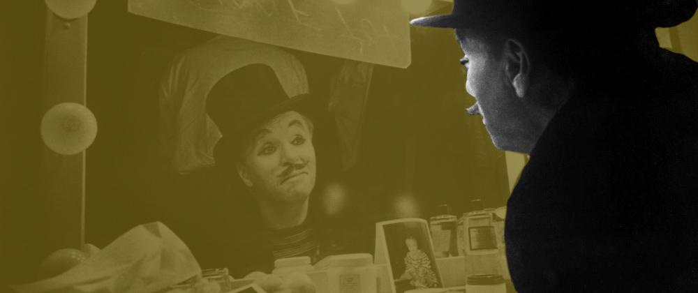 El pasado atrapado y gritando desde la pantalla de cine en  Candilejas  de Chaplin.