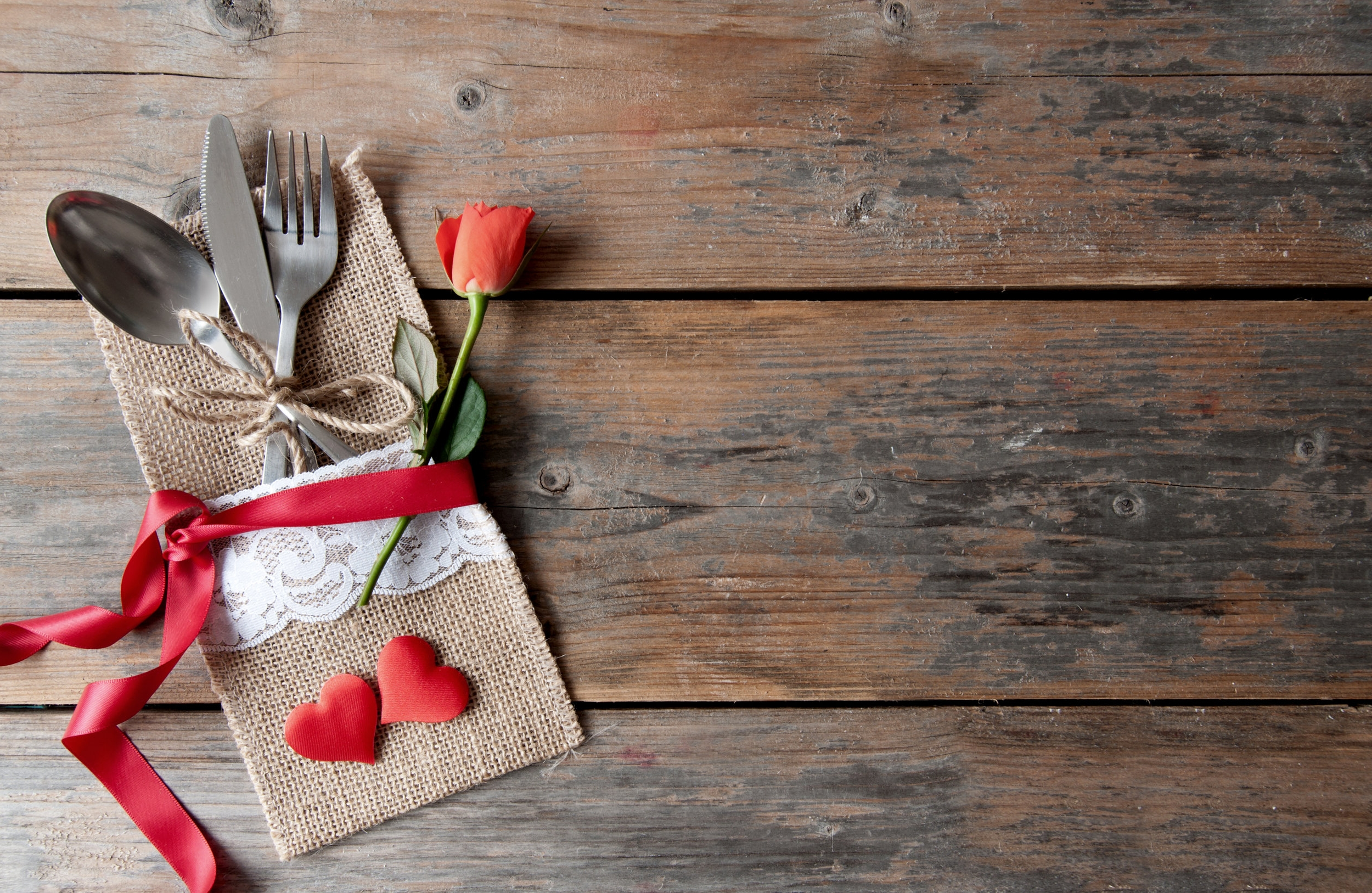 Afhaalmenu's  - Januari 2018Catering Van Eyck breidt zijn diensten uit. Vanaf nu kan je met speciale gelegenheden gebruik maken van onze afhaalservice. Onze chefs bereiden met veel passie een thema menu, aan u om hem thuis af te werken en uw gasten te verrassen! We starten met Valentijn!