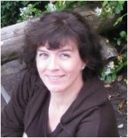 Annette Gendler    Waiting in the Dark