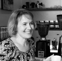 Elizabeth Gonzalez , Guest Editor for Short Fiction