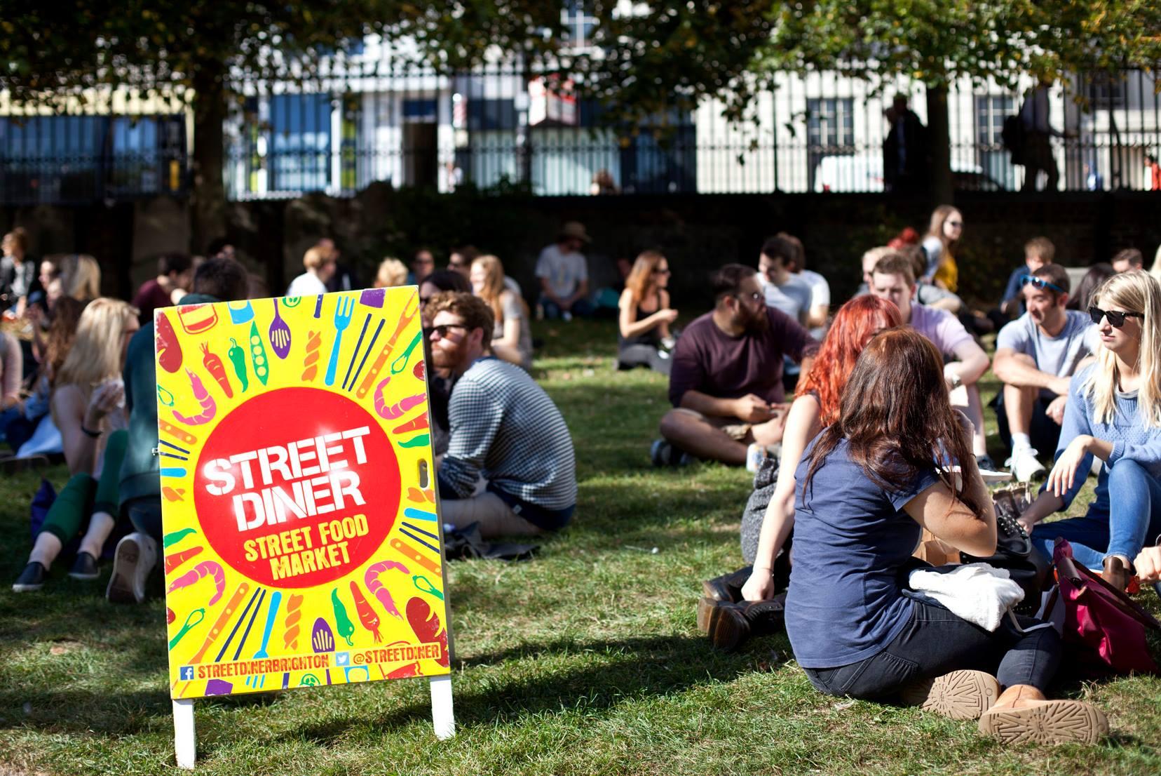 Street Diner01.jpg