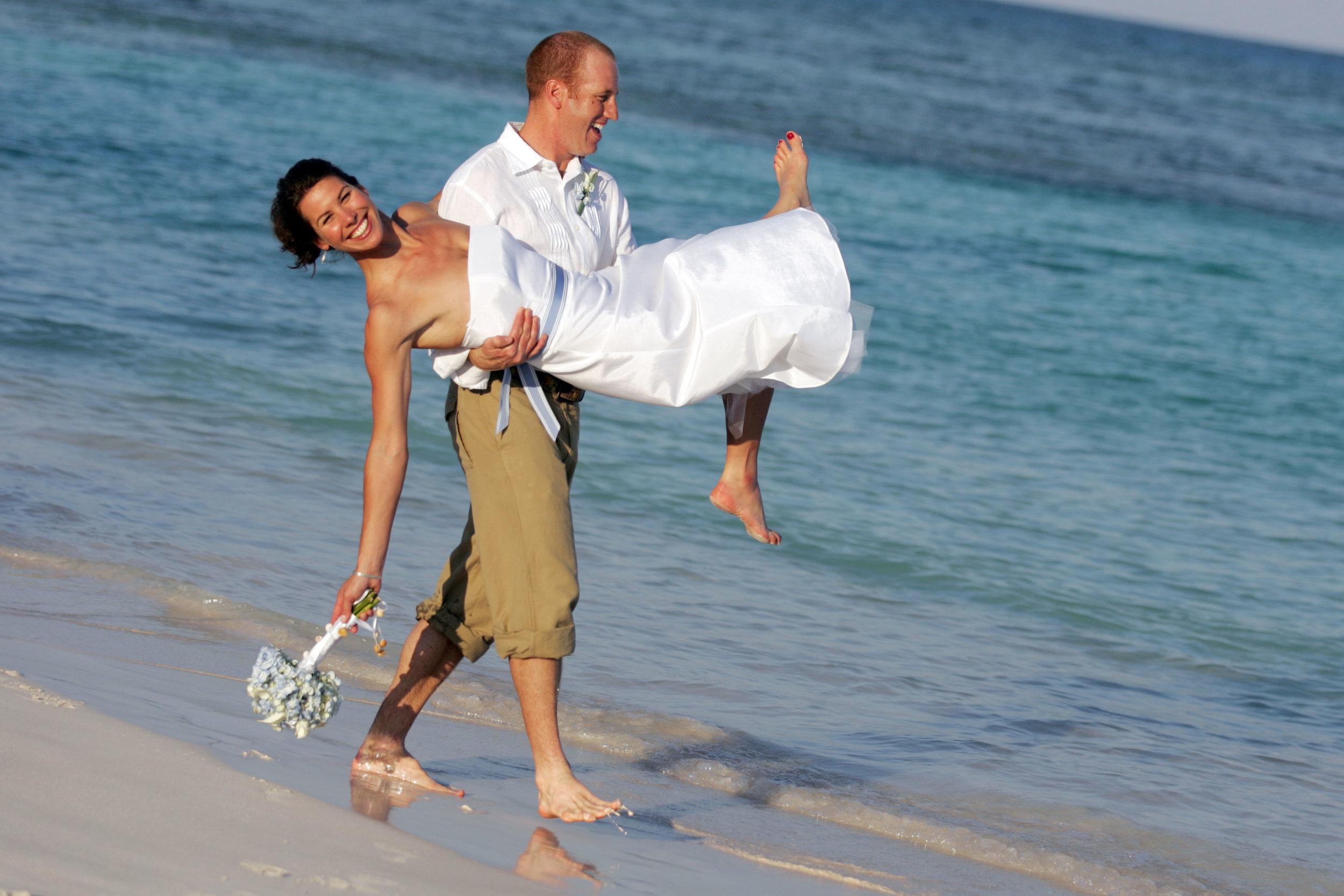 destination-wedding-photographer-axelphoto.jpg
