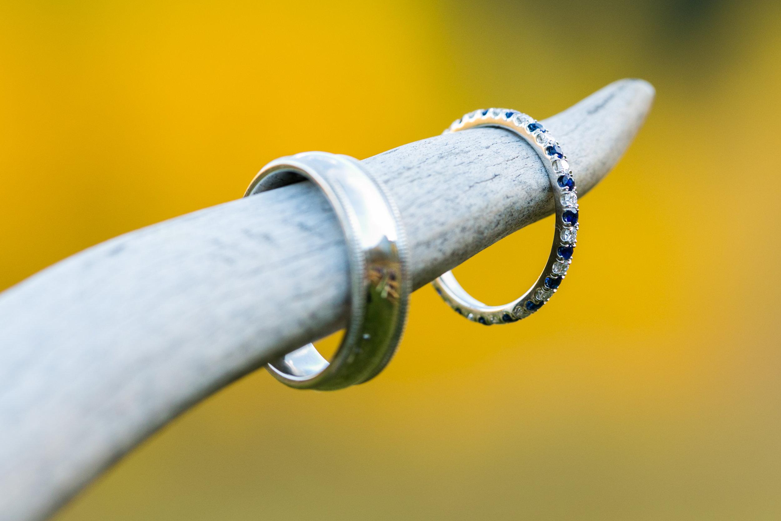 Wedding-Rings-Vail-axelphoto-.jpg