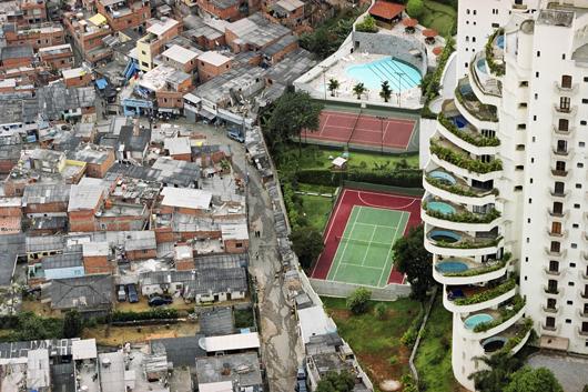 Gated community in Sao Paulo, Brazil. Source: Tuca Vieira.