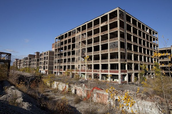 Decline of Detroit. Source: http://en.wikipedia.org/wiki/File:Abandoned_Packard_Automobile_Factory_Detroit_200.jpg.