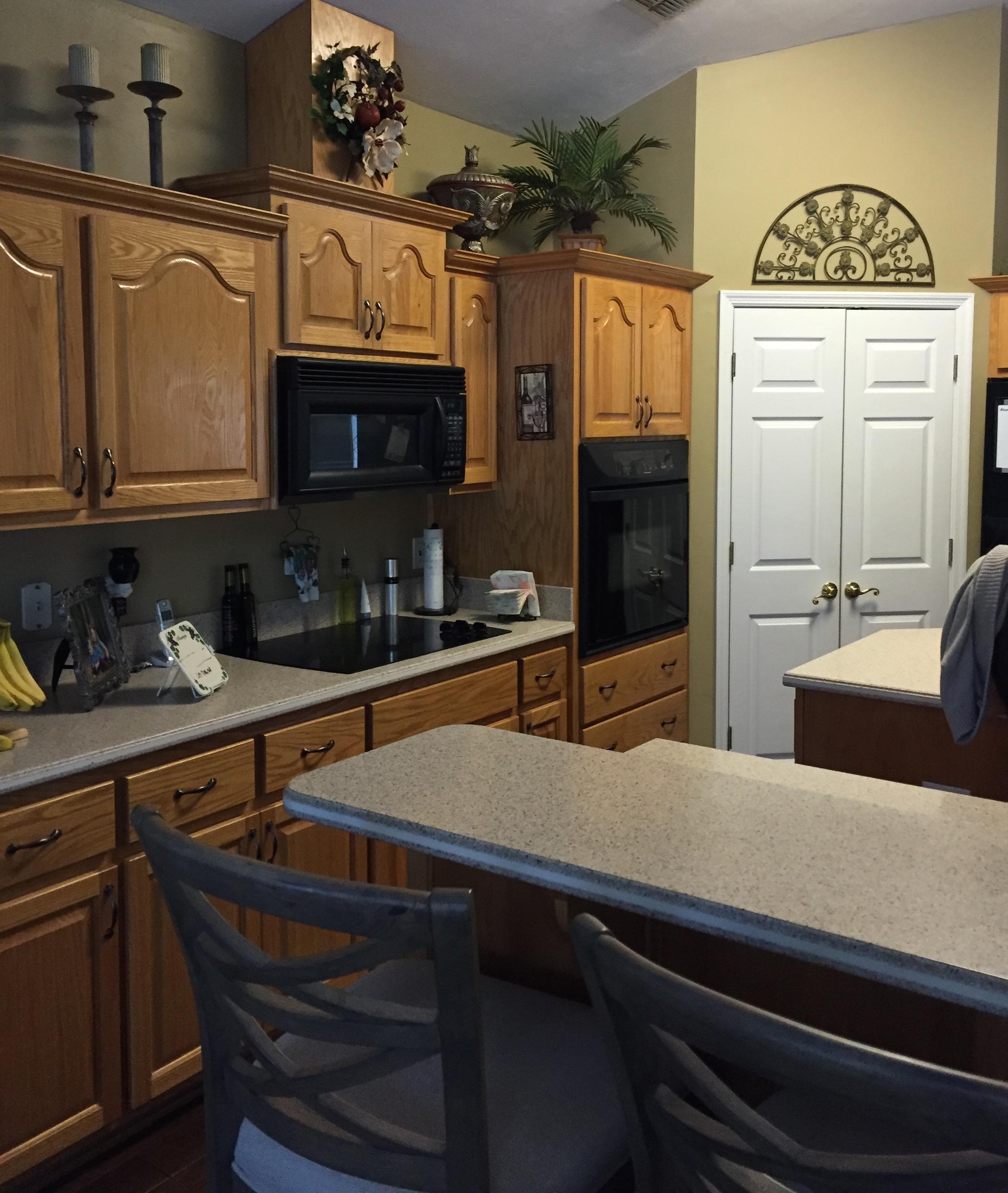 BEFORE of Kitchen - Jennifer Taylor Design