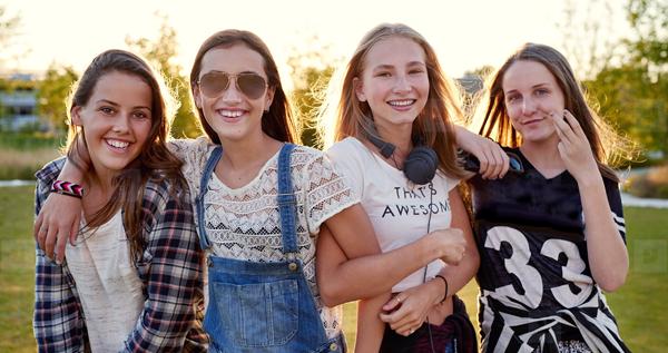 teen-girls.2-Crpd-600w.png