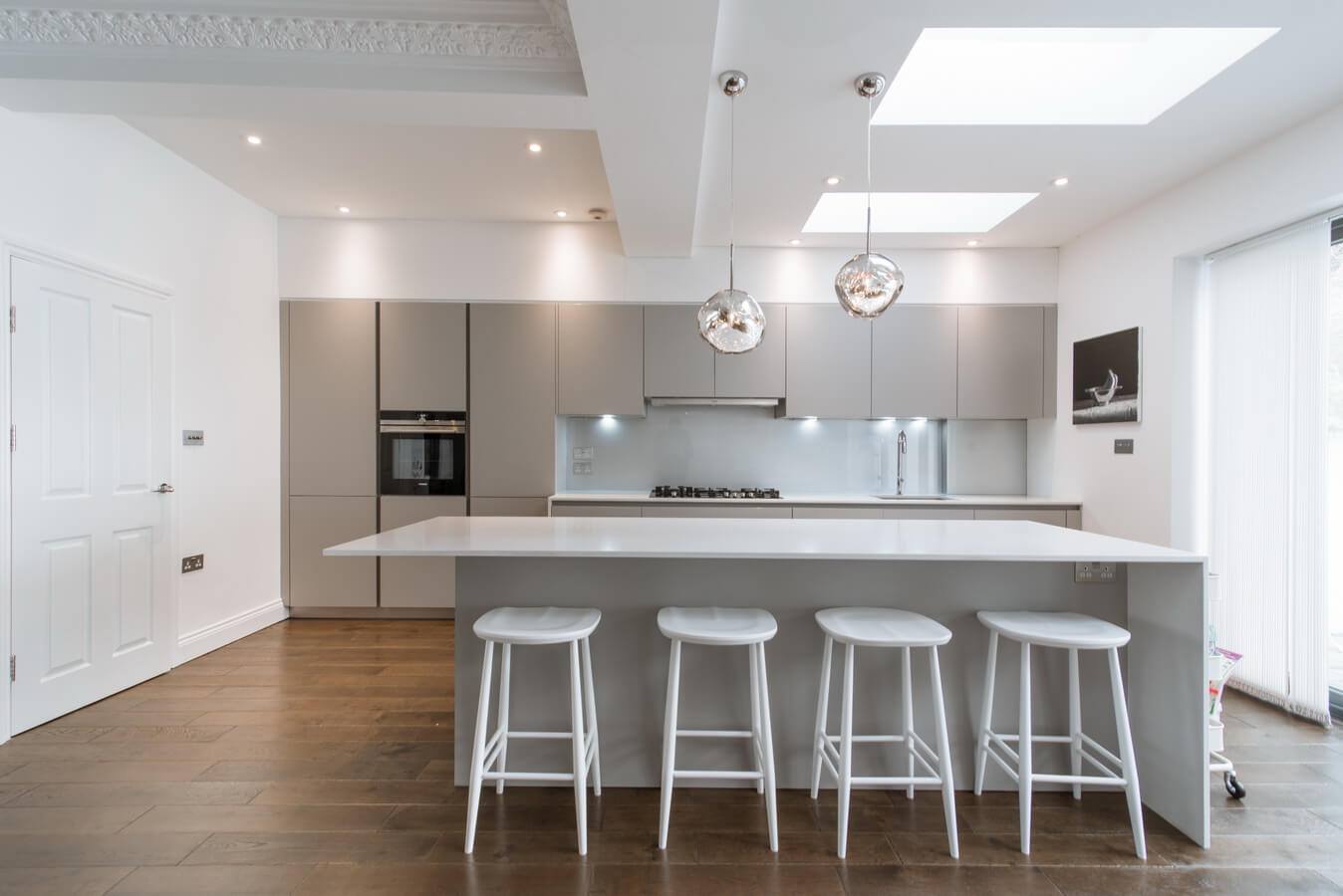 modern-kitchen-grey-white-london.jpg
