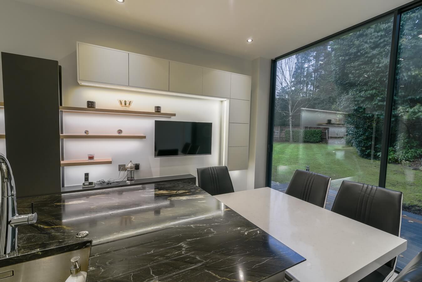 view-from-kitchen-to-garden-London.jpg