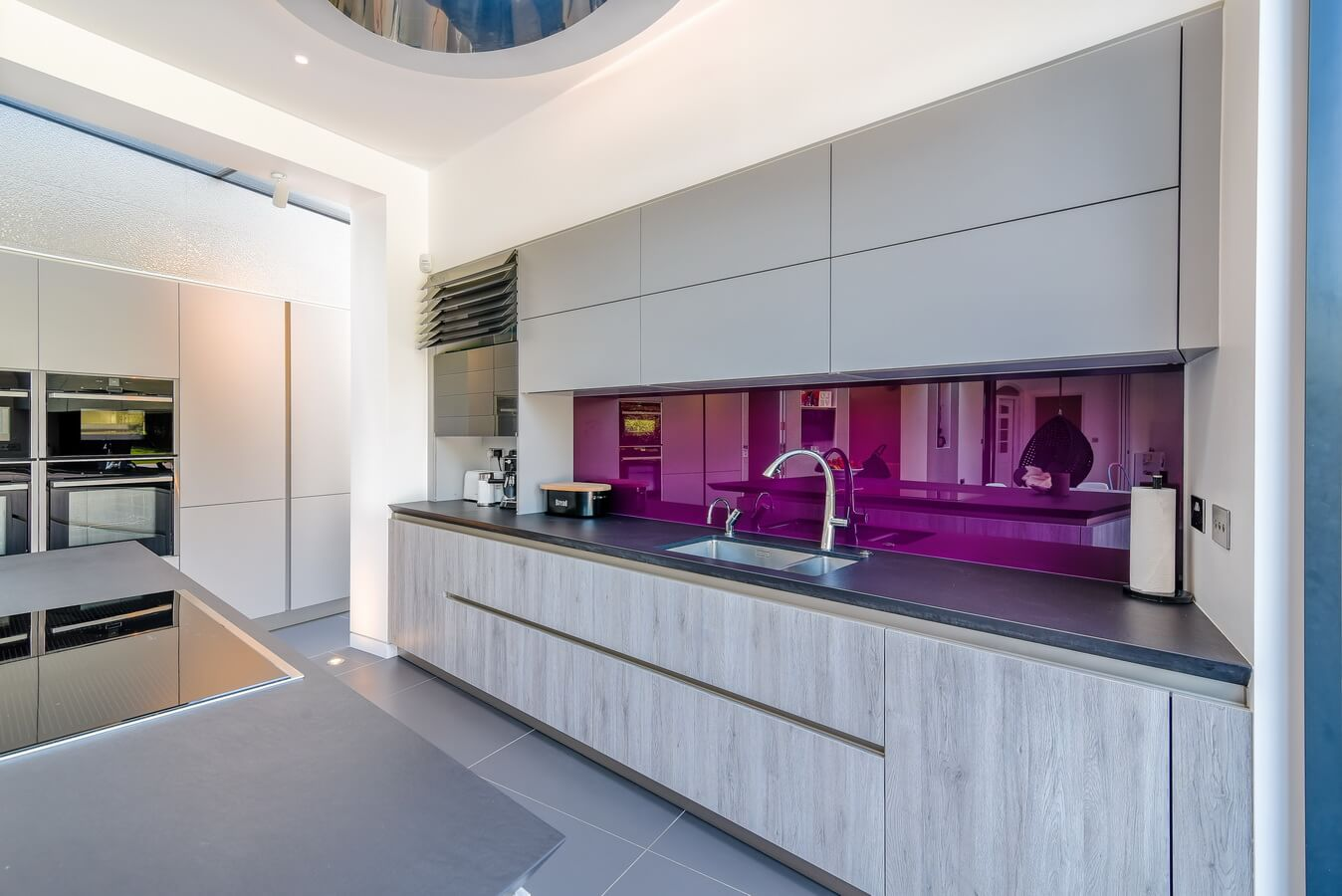 Schuller-Kitchen-Glass-Splashback-London.jpg