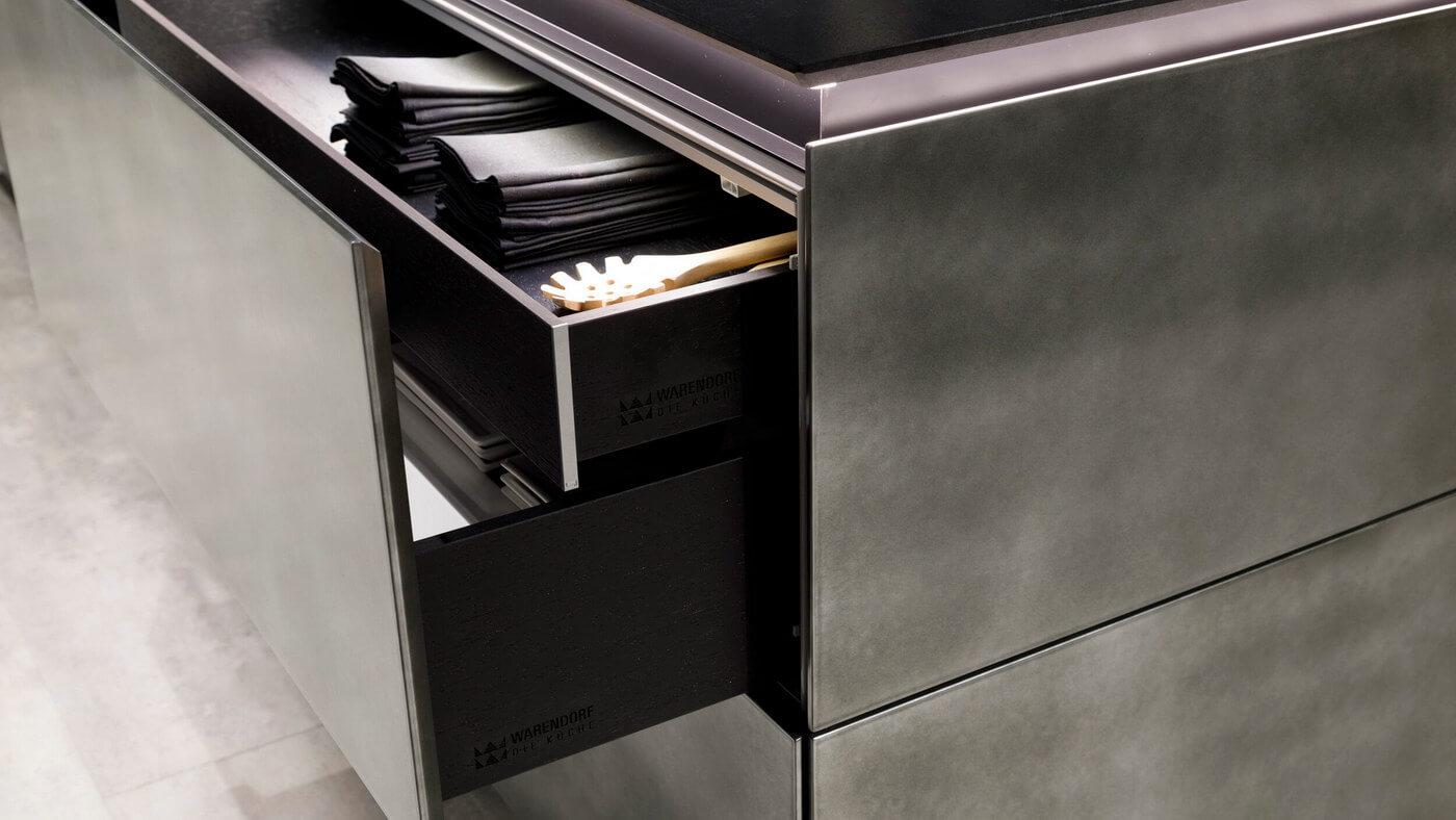 Warendorf-drawer-details.jpg