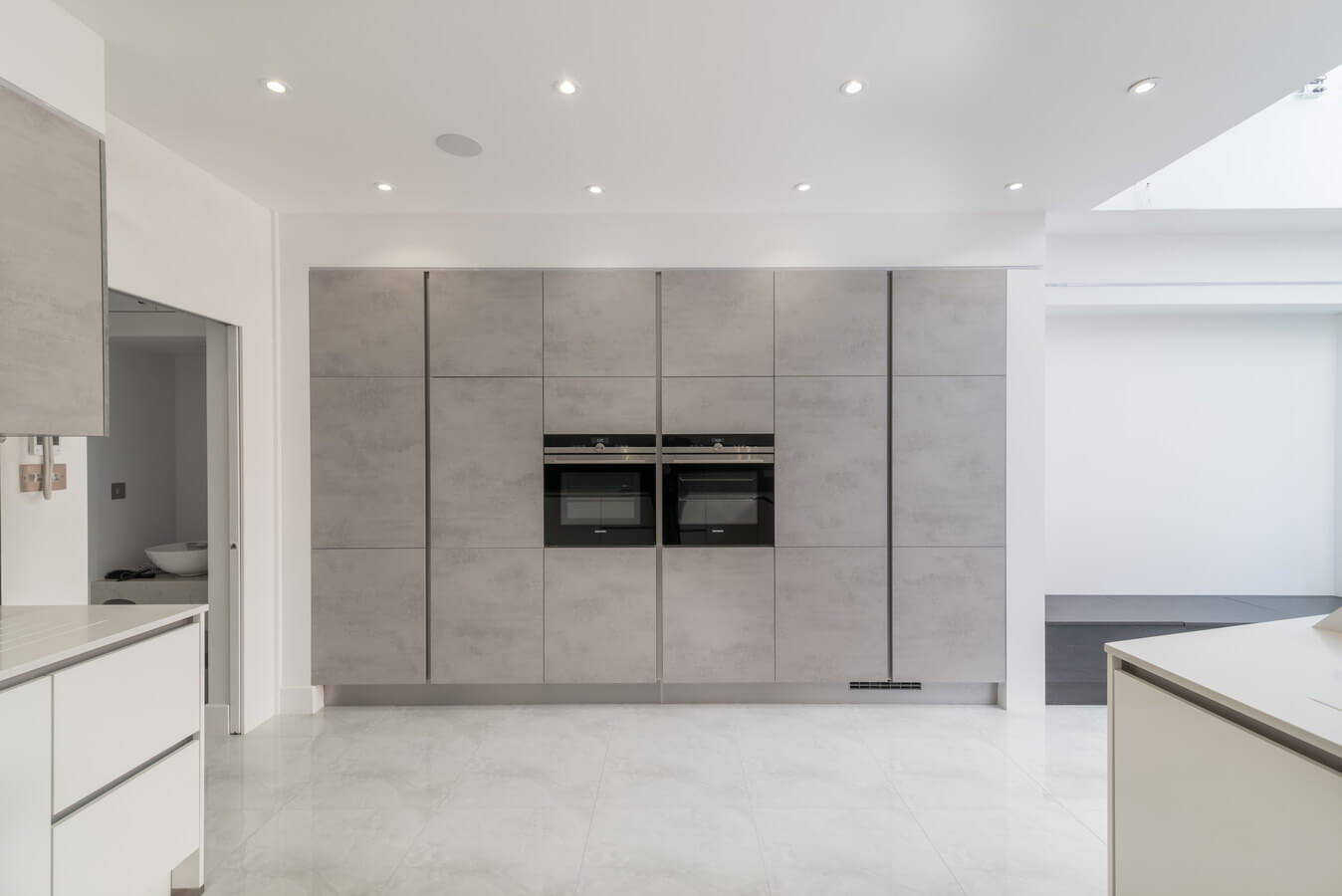 satin-grey-modern-kitchen.jpg
