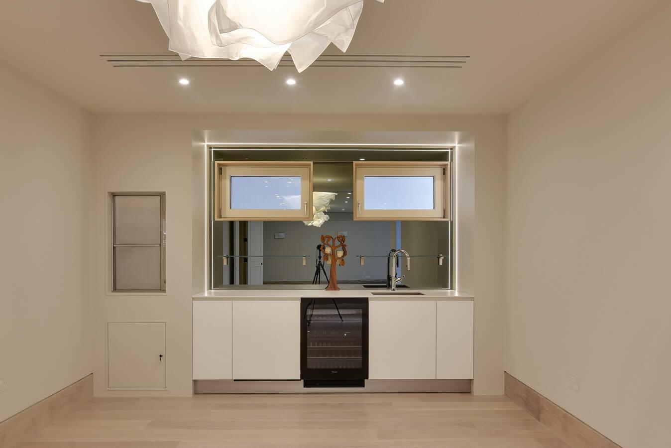 small-lounge-kitchen-london.jpg