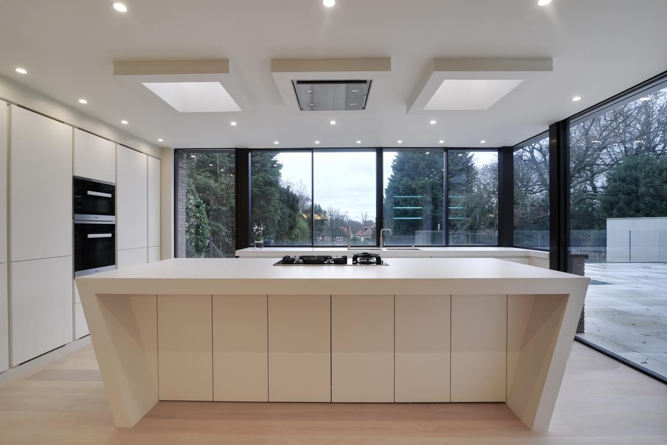 Air-uno-extractor-hood-above-kitchen-island-london.jpg