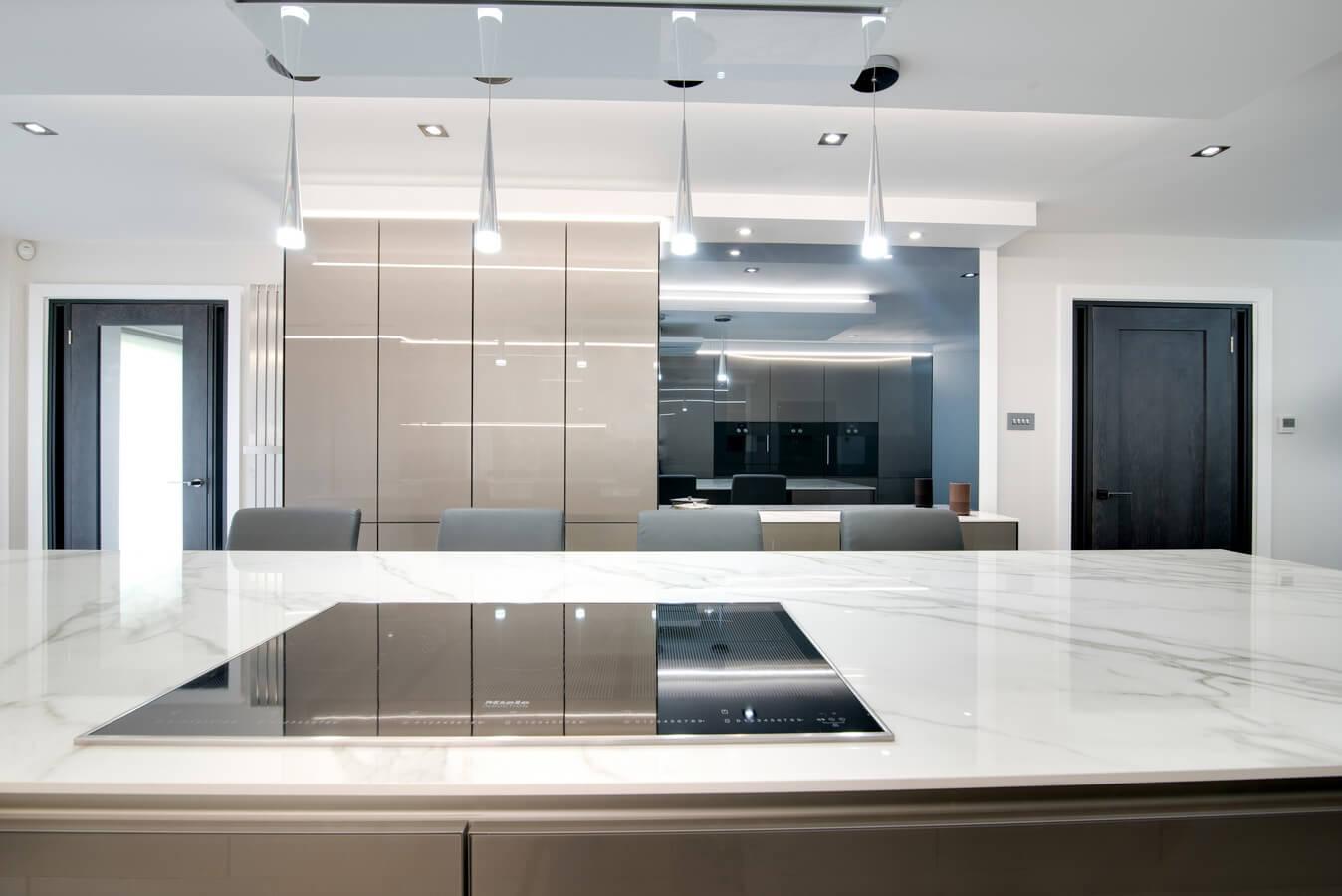 Glass-door-finish-german-kitchen-northwood.jpg