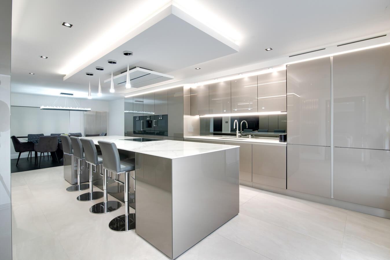 Modern-german-kitchen-island-by-Moiety.jpg