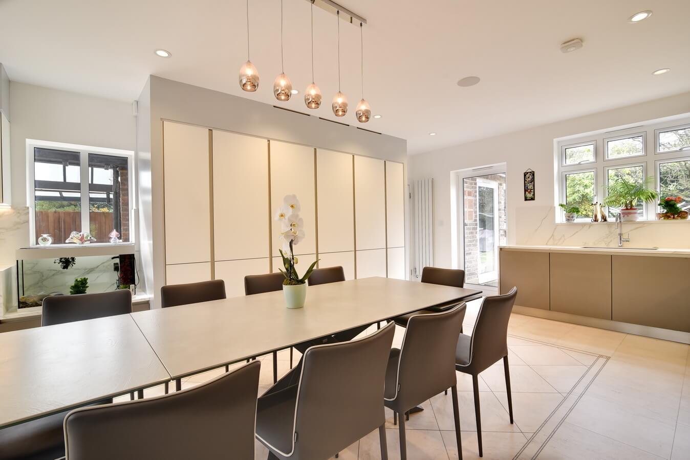 Dining-Table-Kitchen-Tall-Units-Next125.jpg