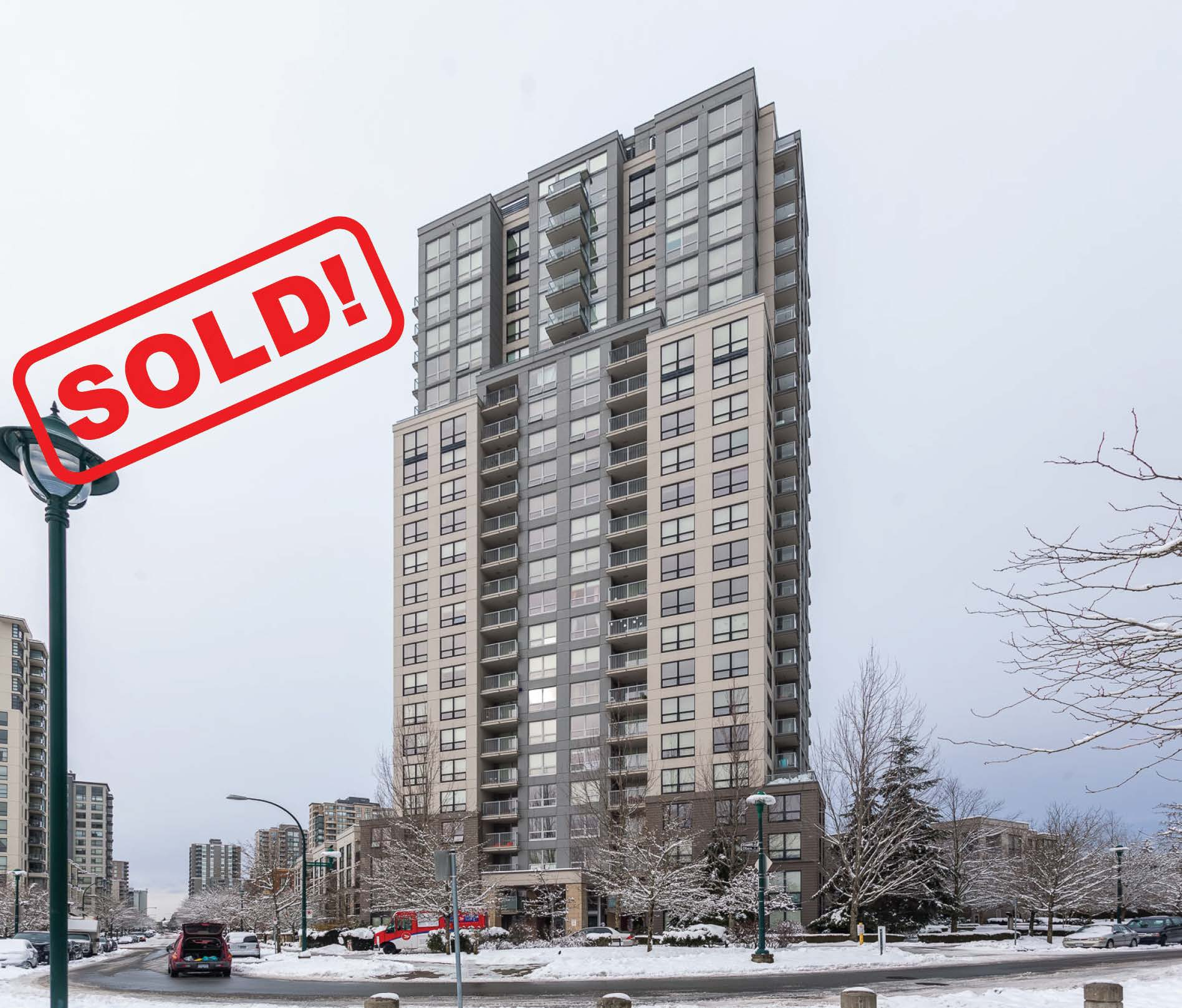 1603-3663 Crowley Dr   sold for: $530,000  2 Bed | 2 Bath | 883 SF
