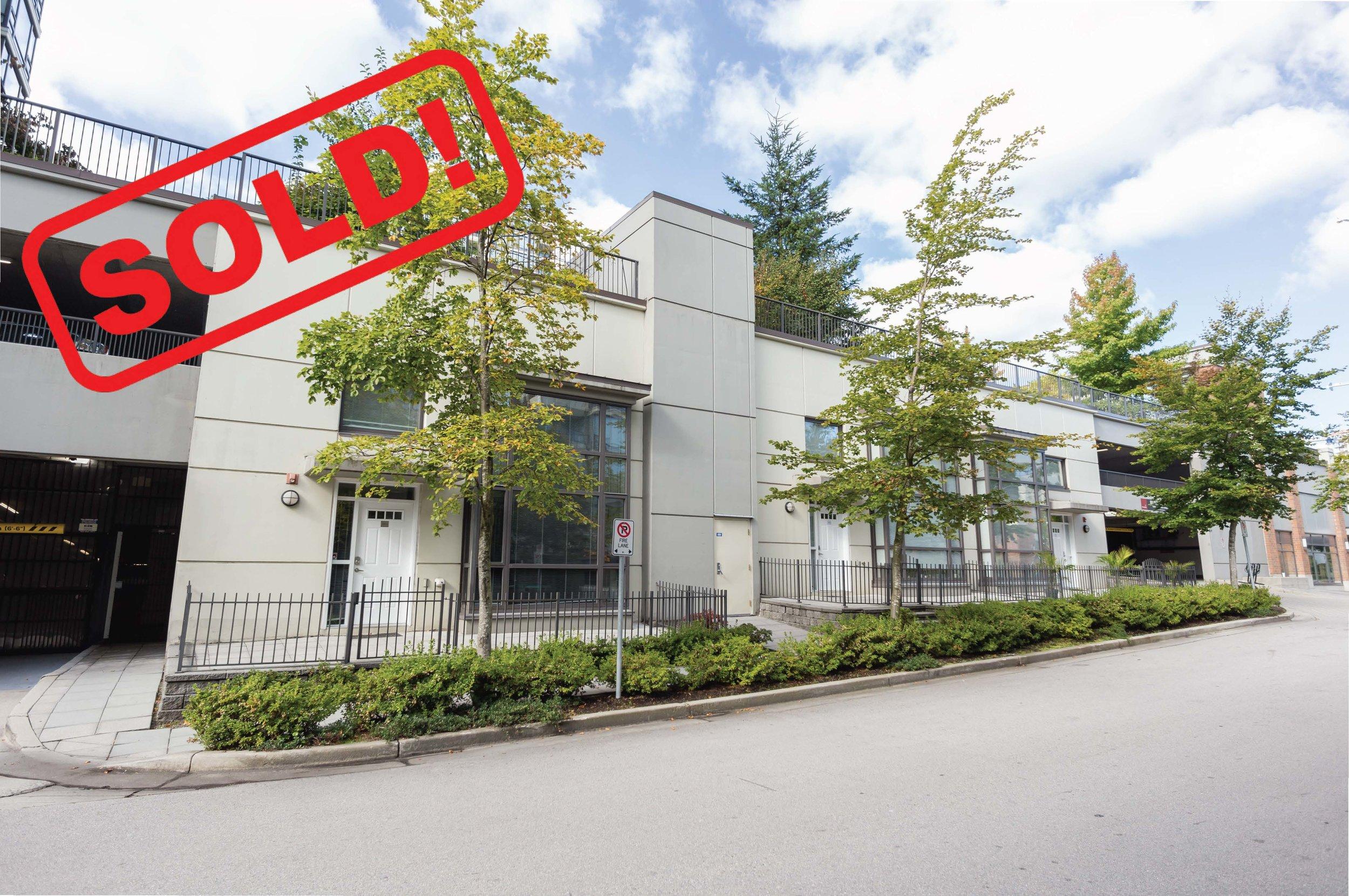 TH3-4178 Dawson Street   sold for $598,000  1 Bed | 2 Bath | 749 SF