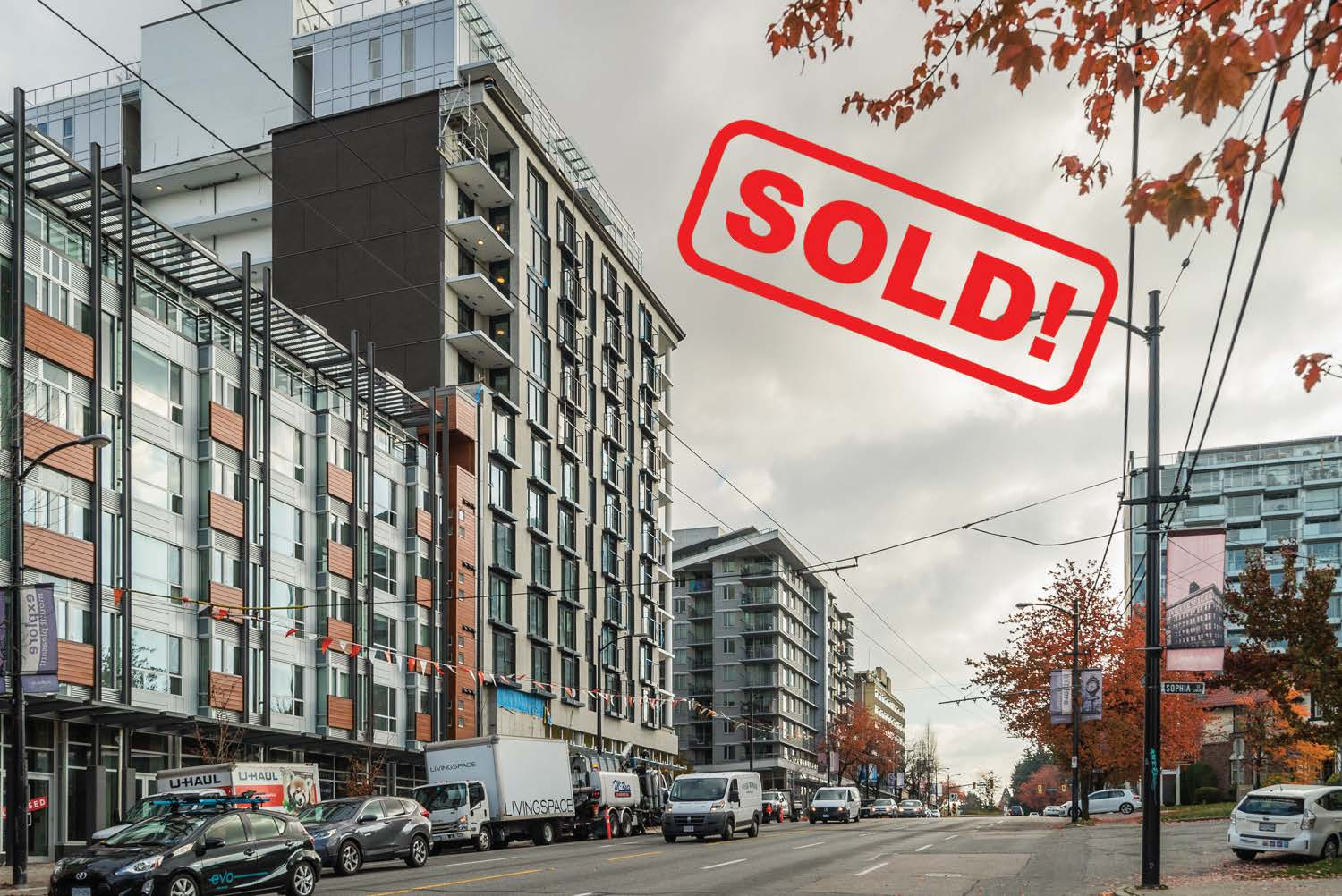 201-233 Kingsway   sold for: $503,000  1 BED | 1 BATH | 509 SF